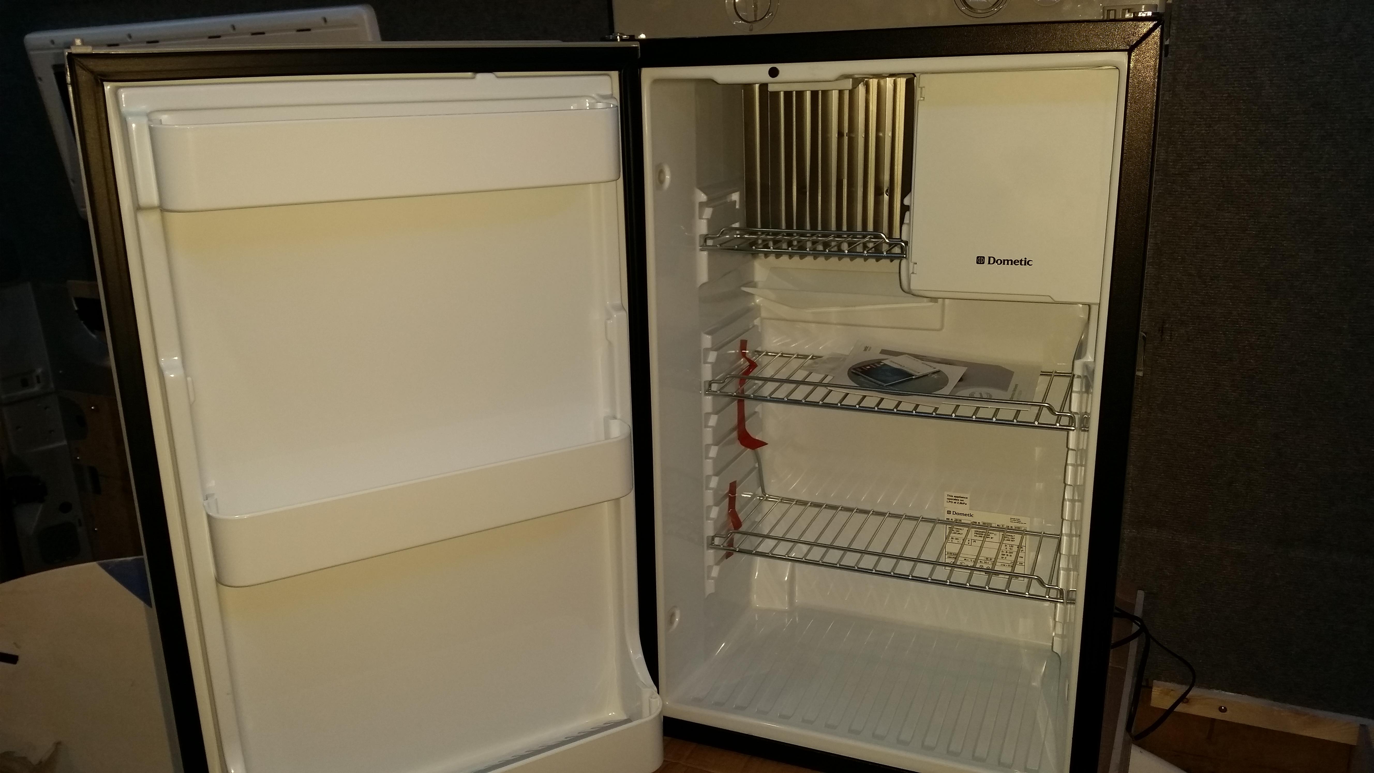 Kühlschrank Dometic : Schieber tÜrverriegelung dometic kühlschrank grau serie